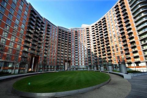 1 bedroom flat to rent - New Providence Wharf, 1 Fairmount Avenue, Blackwall, London, E14 9JB