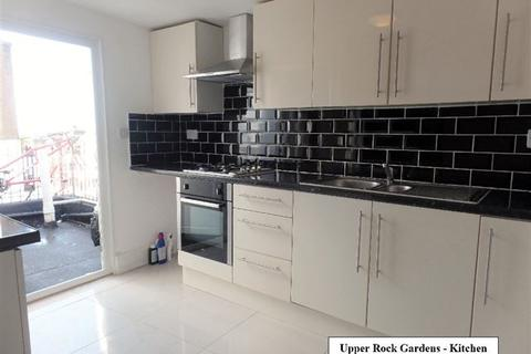 3 bedroom flat to rent - Upper Rock Gardens, Kemp Town, Brighton