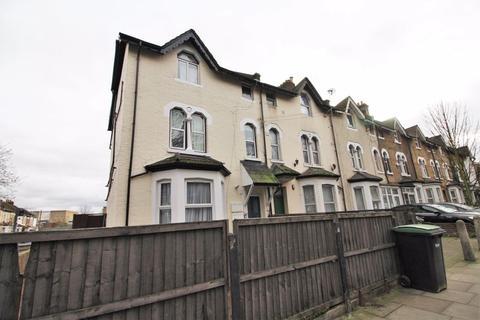 Studio for sale - Willoughby Lane, Tottenham, N17