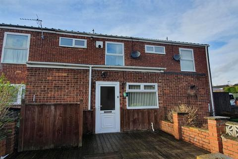 3 bedroom terraced house to rent - Craigmillar Avenue, Blakelaw, Newcastle upon Tyne
