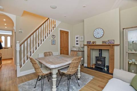 4 bedroom terraced house for sale - Rampart Road, Salisbury