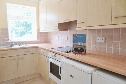 4 bedroom semi-detached house to rent - Hillside, Brighton