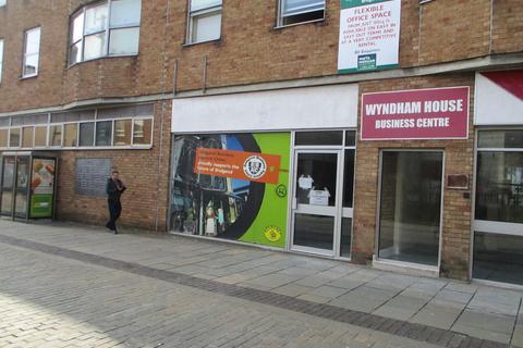 Retail property (high street) to rent - 1 Wyndham Street, Bridgend, CF31 1ED