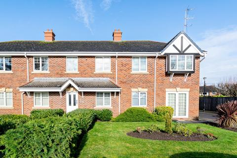 2 bedroom flat for sale - Rufford Road, Ansdell, FY8