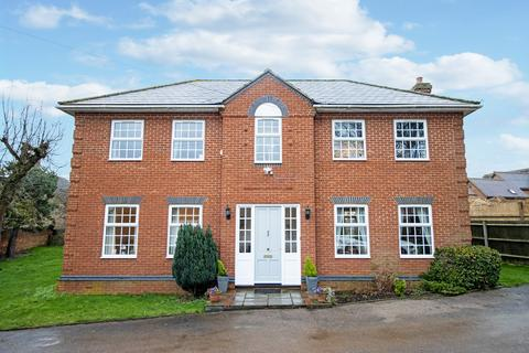 5 bedroom detached house to rent - Wynchwood Lane, Shefford, SG17