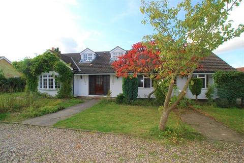 4 bedroom detached bungalow to rent - THORNTON ROAD, LITTLE CANFIELD