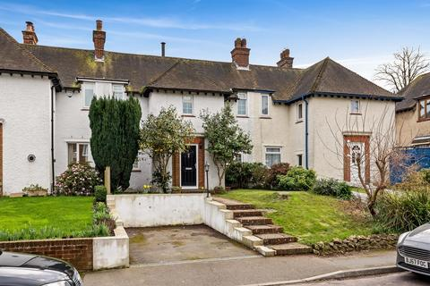 3 bedroom terraced house for sale - Grange Road, Saltwood, Hythe, CT21