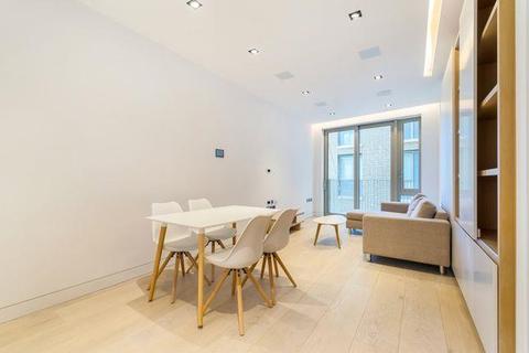 2 bedroom flat to rent - Chatsworth House, One Tower Bridge, Duchess Walk, London