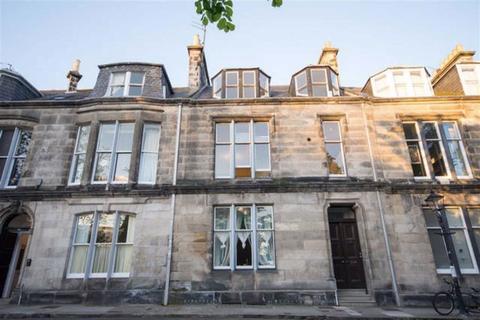 2 bedroom flat to rent - Queens Gardens, St Andrews, Fife