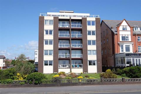 2 bedroom apartment for sale - Hilton Court, St Annes