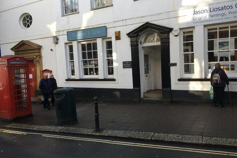 Property to rent - High Street, Totnes