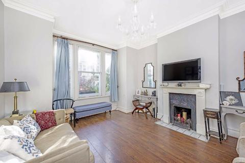 2 bedroom flat for sale - Wandsworth Bridge Road, Fulham, London, SW6