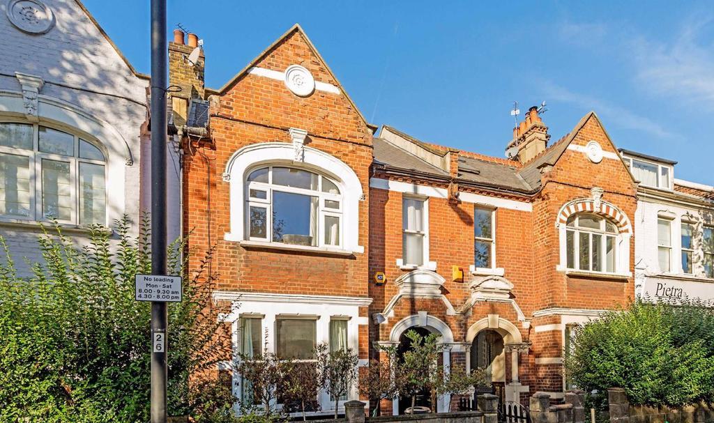 Wandsworth Bridge Road, Fulham, London, SW6 2 bed flat for ...