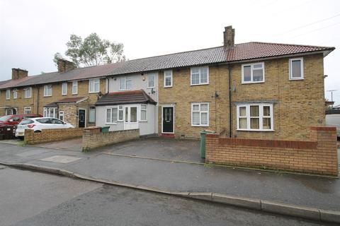 3 bedroom terraced house for sale - Selby Road, Carshalton