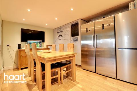 4 bedroom semi-detached house for sale - Hertford Place, Bletchley