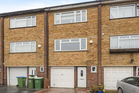 4 bedroom terraced house for sale - Rutland Gate, Belvedere DA17