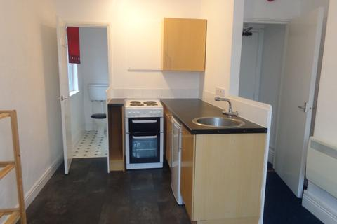 Studio to rent - 66 Greenbank Road, Darlington DL3