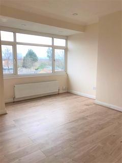 2 bedroom apartment to rent - Westmoor Road, Enfield