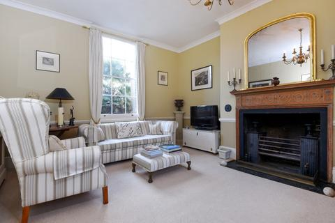 2 bedroom terraced house to rent - Old Woolwich Road, Greenwich, London SE10 9PR