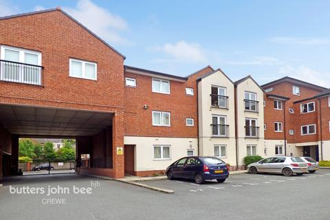 2 bedroom apartment for sale - Delamere Court, Crewe