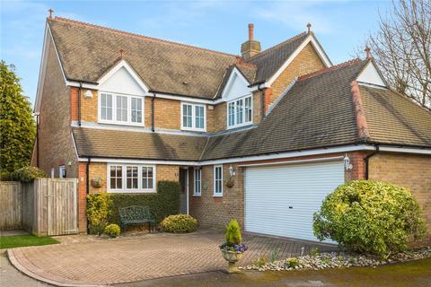4 bedroom detached house for sale - Beacon Close, Chalfont St Peter, Gerrards Cross, Buckinghamshire