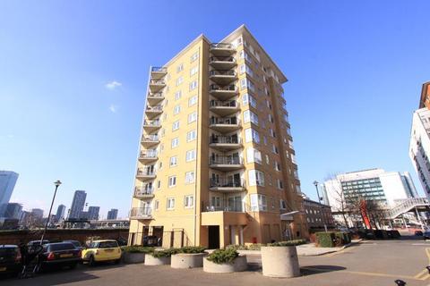2 bedroom apartment to rent - Newport Avenue, London, E14