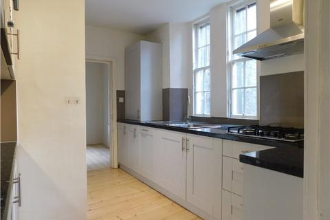 3 bedroom flat to rent - St Stephen Place, Edinburgh EH3