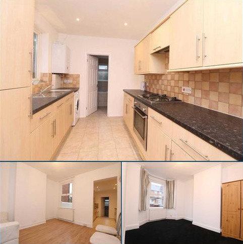 3 bedroom terraced house to rent - Shaftsbury Road