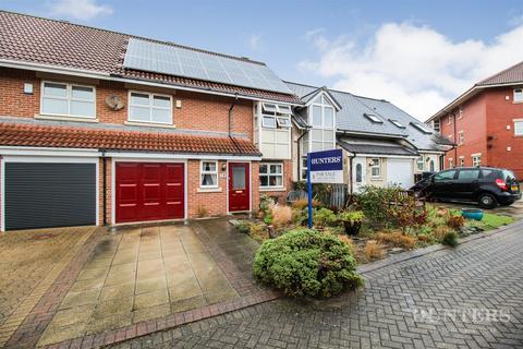 3 bedroom terraced house for sale - Hamilton Court, Roker Marina, Sunderland, SR6 0RD