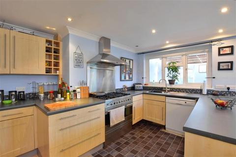 3 bedroom semi-detached house for sale - Gybbon Rise, Staplehurst, Tonbridge, Kent