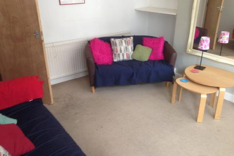 3 bedroom terraced house to rent - Wayland Road, Ecclesall Road Student House, Sheffield S11 8YE
