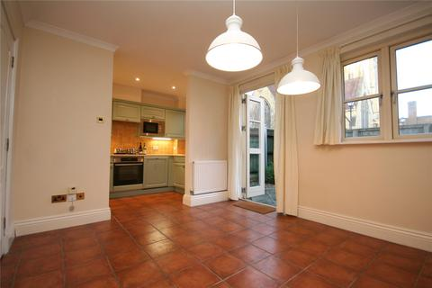 3 bedroom townhouse to rent - Clarence Walk, St. Georges Place, Cheltenham, Gloucestershire, GL50