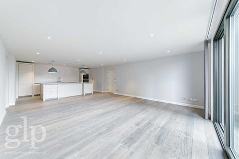 2 bedroom flat to rent - Marshall Street, Soho, W1F
