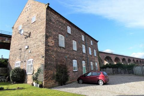 2 bedroom apartment to rent - West Street, Yarm, TS15