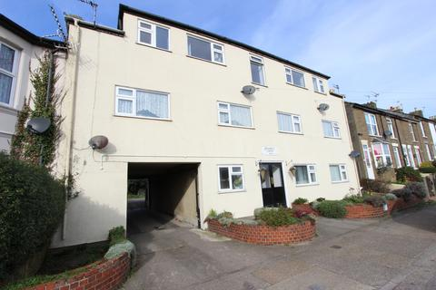 2 bedroom flat for sale - Court Road, Deal, CT14