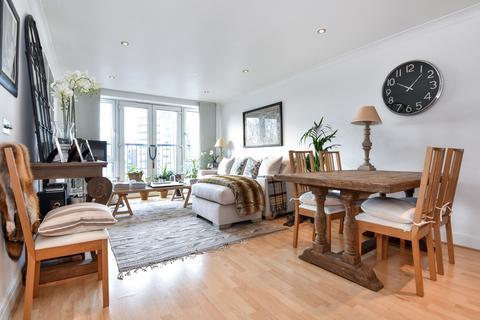 2 bedroom apartment to rent - Keswick Road Putney SW15