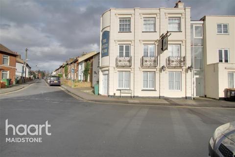 1 bedroom flat to rent - Fisher Street, ME14