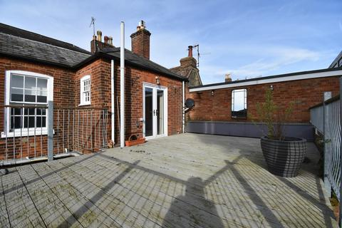 3 bedroom apartment for sale - Thoroughfare, Woodbridge