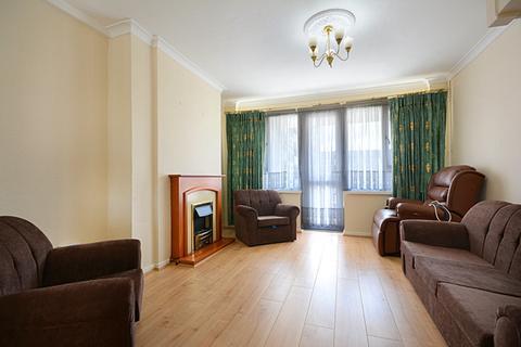 2 bedroom flat to rent - Congreve Street, Bermondsey