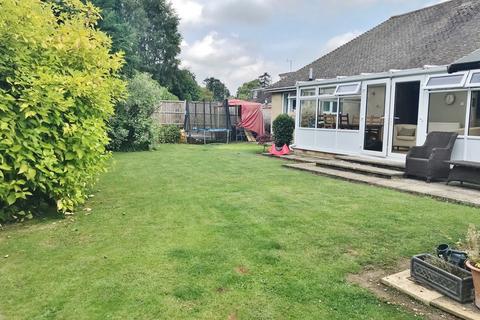 3 bedroom detached bungalow for sale - Thames View, Ashton Keynes