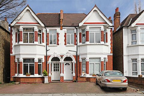 3 bedroom flat for sale - Agnes Road, W3