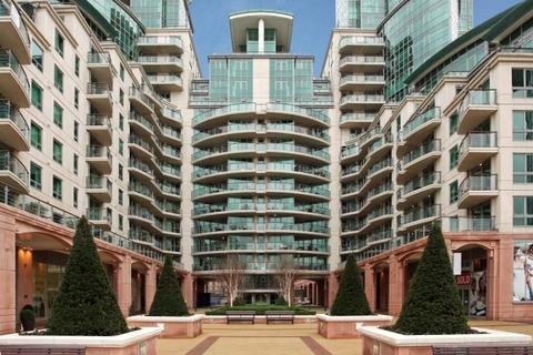 2 bedroom apartment to rent - Bridge House, St Georges Wharf, Vauxhall, London, SW8