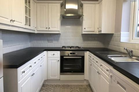 2 bedroom flat to rent - Eton Court, Hornby Lane, Liverpool