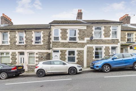 3 bedroom house for sale - Alexandra Road, Six Bells, Abertillery