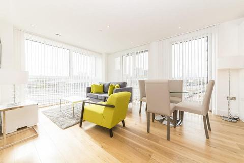 2 bedroom flat to rent - Thanet Tower, London E16