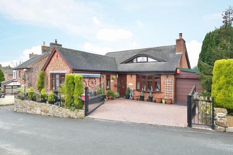 3 bedroom detached bungalow for sale - Sunnyside, Kingsley, ST10 2AS