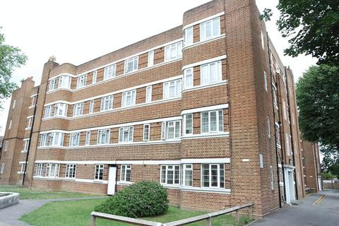 2 bedroom apartment to rent - Warwick Gardens, Thornton Heath