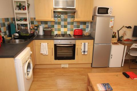 1 bedroom flat to rent - Minister Street, Roath, Cardiff