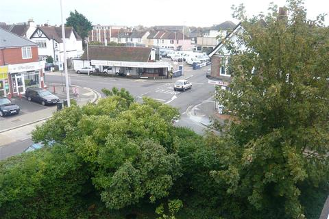 1 bedroom flat to rent - South Farm Road, Worthing