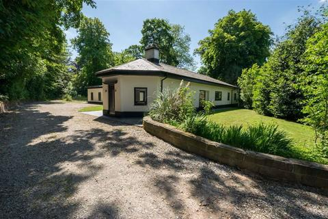 5 bedroom detached bungalow for sale - Nantwich Road